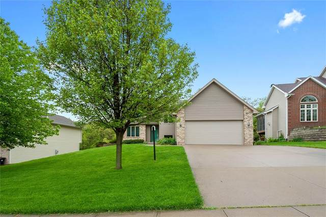 1760 Timber Hills Drive, Coralville, IA 52241 (MLS #2003678) :: The Graf Home Selling Team