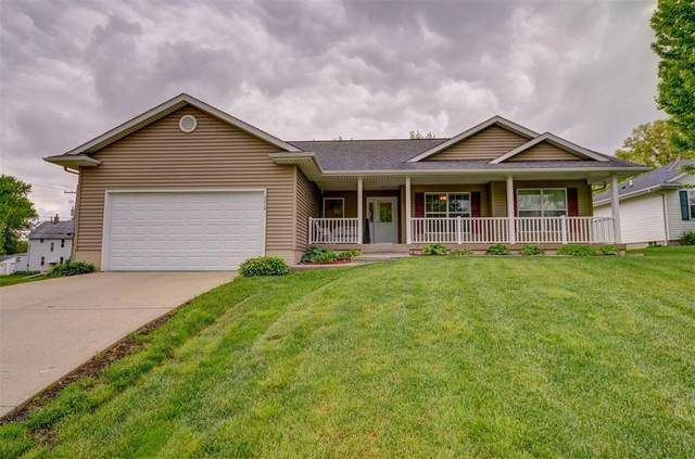 2210 Milligan Court SW, Cedar Rapids, IA 52404 (MLS #2003785) :: The Graf Home Selling Team