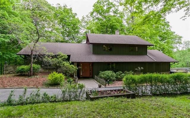 2 Cottage Grove Woods SE, Cedar Rapids, IA 52403 (MLS #2003791) :: The Graf Home Selling Team