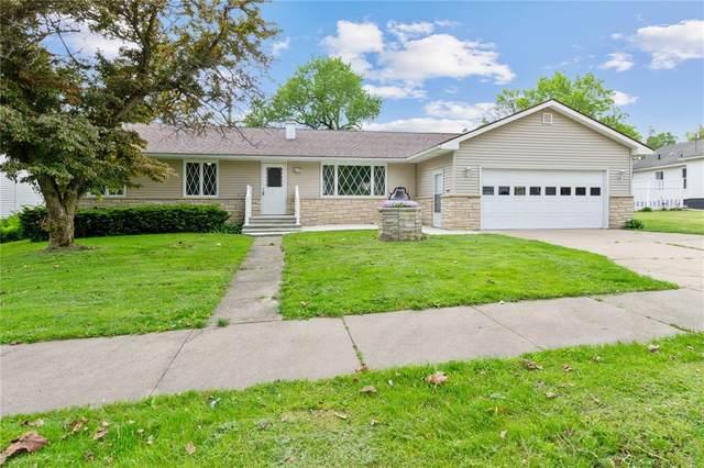 206 Huber Street, Anamosa, IA 52205 (MLS #2003835) :: The Graf Home Selling Team