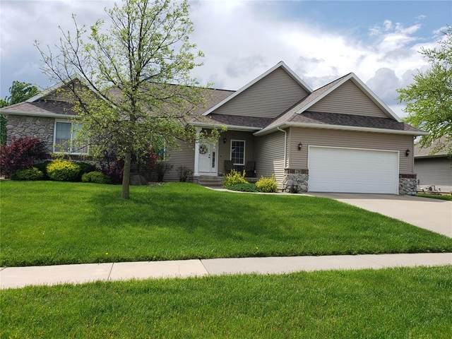 2705 44th Street, Marion, IA 52302 (MLS #2003848) :: The Graf Home Selling Team