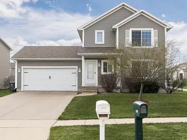5902 Wheatland Drive SW, Cedar Rapids, IA 52404 (MLS #2003884) :: The Graf Home Selling Team