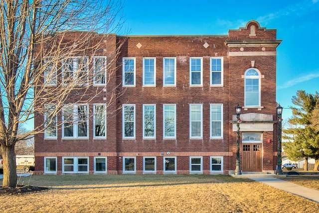 620 Church Street, Fairfax, IA 52228 (MLS #2003892) :: The Graf Home Selling Team