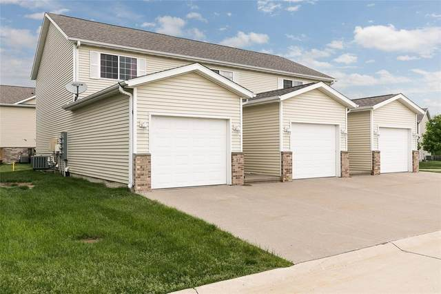 17 Alydar Drive, North Liberty, IA 52317 (MLS #2003940) :: The Graf Home Selling Team