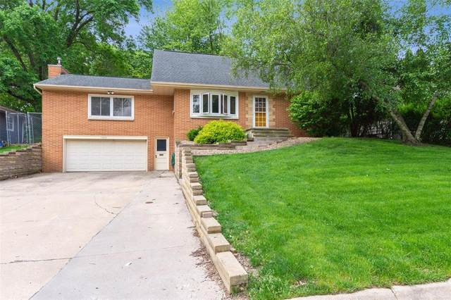 1125 Longview Drive, Marion, IA 52302 (MLS #2003960) :: The Graf Home Selling Team