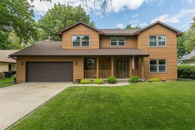 1064 Lyndhurst Drive, Hiawatha, IA 52233 (MLS #2003965) :: The Graf Home Selling Team
