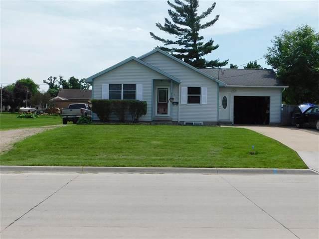 814 E 3rd Street, Vinton, IA 52349 (MLS #2003967) :: The Graf Home Selling Team