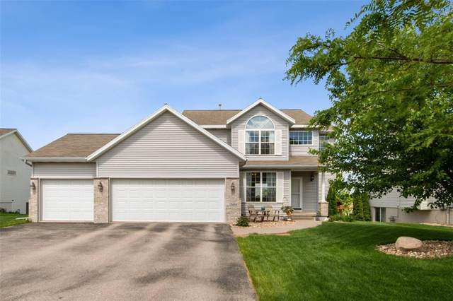2418 Radcliffe Drive SW, Cedar Rapids, IA 52404 (MLS #2003975) :: The Graf Home Selling Team