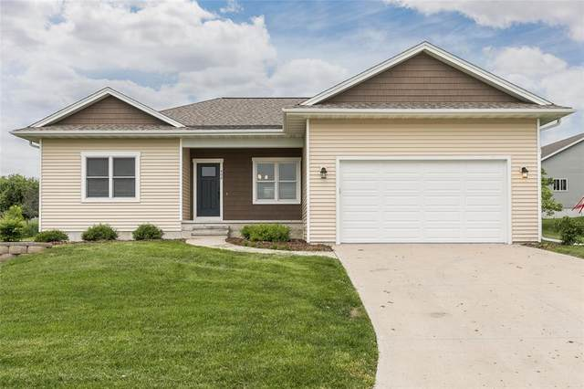 406 S 2nd Street, West Branch, IA 52358 (MLS #2004013) :: The Graf Home Selling Team