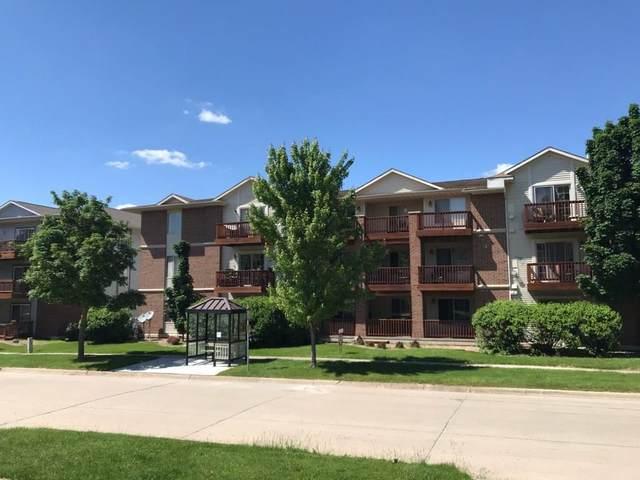 454 Westside Drive, Iowa City, IA 52246 (MLS #2004026) :: The Graf Home Selling Team