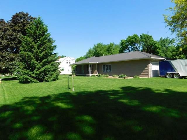 224 E 11th Street, Tipton, IA 52772 (MLS #2004028) :: The Graf Home Selling Team