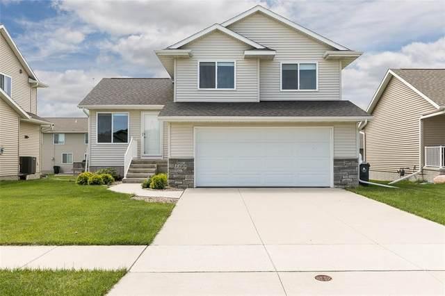 1109 Deer Run Drive NE, Cedar Rapids, IA 52402 (MLS #2004060) :: The Graf Home Selling Team