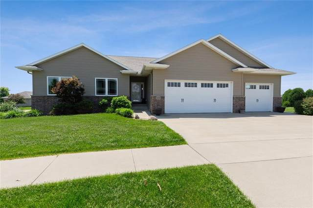 1400 6th Street SW, Mt Vernon, IA 52314 (MLS #2004070) :: The Graf Home Selling Team