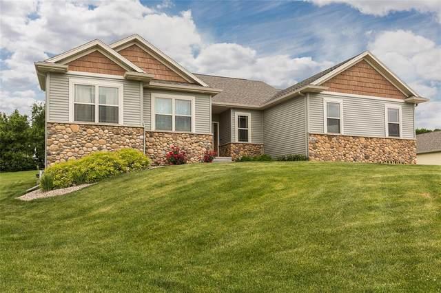 2632 NW Hunter Court, Swisher, IA 52338 (MLS #2004242) :: The Graf Home Selling Team