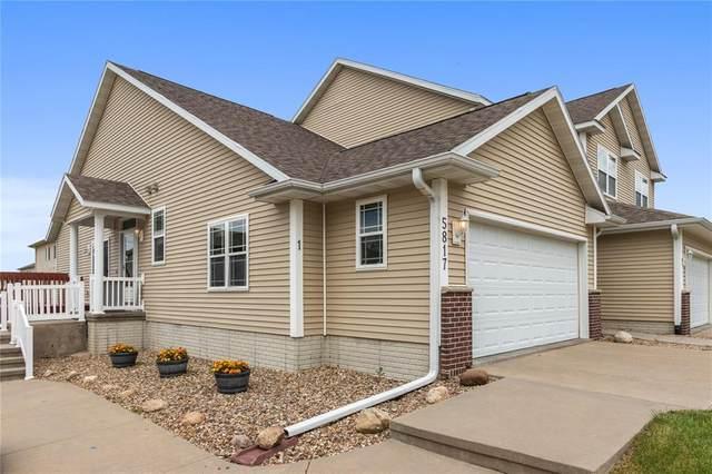 5817 Muirfield Dr. #1, Cedar Rapids, IA 52404 (MLS #2004376) :: The Graf Home Selling Team