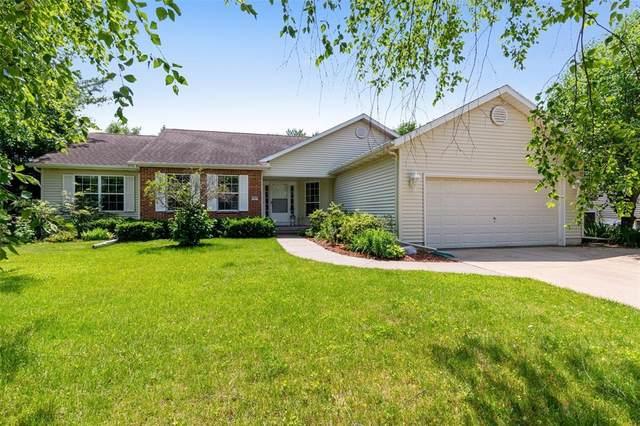 7601 Berkshire Drive NE, Cedar Rapids, IA 52402 (MLS #2004420) :: The Graf Home Selling Team