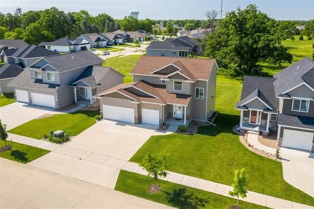 943 Crescent View Drive NE, Cedar Rapids, IA 52402 (MLS #2004430) :: The Graf Home Selling Team