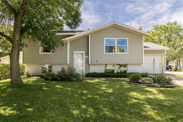 3725 Spruce Wood Drive NE, Cedar Rapids, IA 52402 (MLS #2004544) :: The Graf Home Selling Team