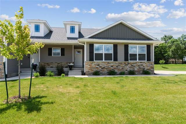 3010 Sherwood Drive, Marion, IA 52302 (MLS #2004623) :: The Graf Home Selling Team