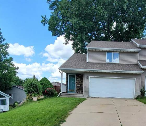 1003 N Boston Way, Coralville, IA 52241 (MLS #2004628) :: The Graf Home Selling Team