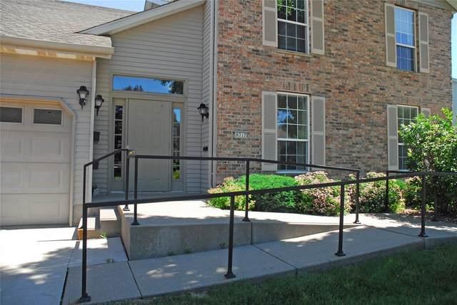 6317 Greenbriar Lane SW B, Cedar Rapids, IA 52404 (MLS #2004635) :: The Graf Home Selling Team