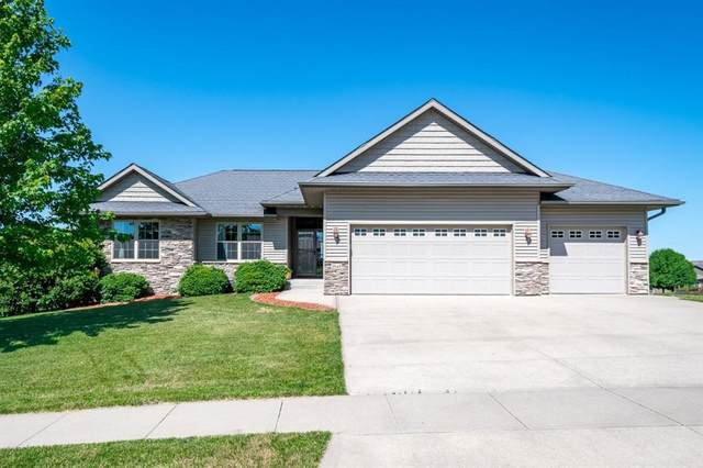 1545 Cypress Circle, North Liberty, IA 52317 (MLS #2004684) :: The Graf Home Selling Team