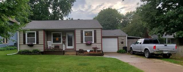 1640 10th Street, Marion, IA 52302 (MLS #2004813) :: The Graf Home Selling Team