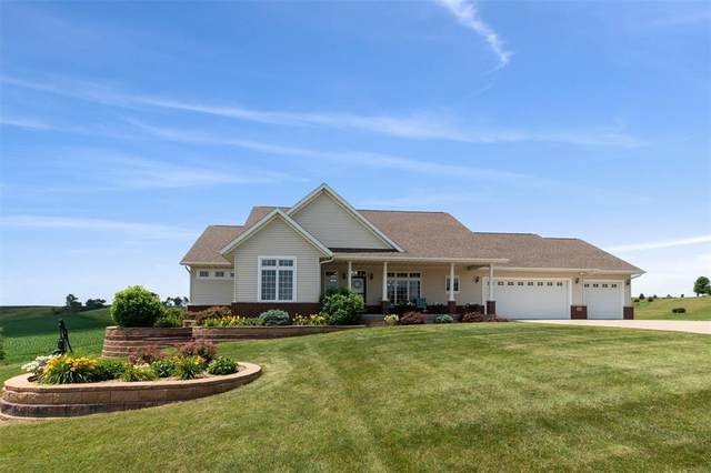 104 Portrait Valley Road, Anamosa, IA 52205 (MLS #2004860) :: The Graf Home Selling Team