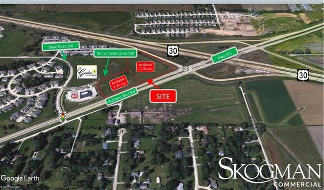 3355 Stone Creek Circle SW, Cedar Rapids, IA 52404 (MLS #2004951) :: The Graf Home Selling Team