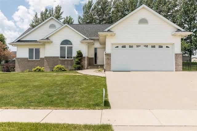 345 Prairie View Circle, Fairfax, IA 52228 (MLS #2004960) :: The Graf Home Selling Team