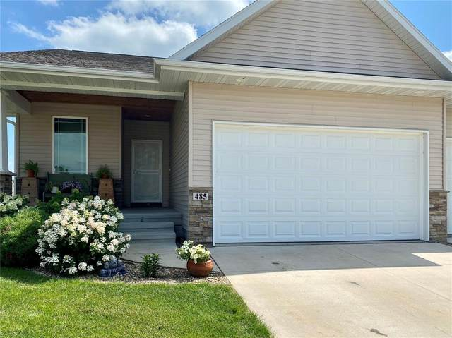 485 2nd St, Fairfax, IA 52228 (MLS #2005267) :: The Graf Home Selling Team