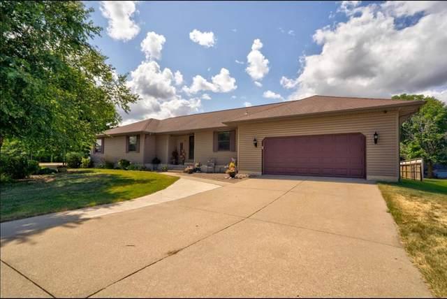 119 Landau Court, Robins, IA 52328 (MLS #2005766) :: The Graf Home Selling Team