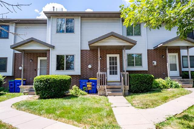 25 Heritage Drive, North Liberty, IA 52317 (MLS #2005774) :: The Graf Home Selling Team