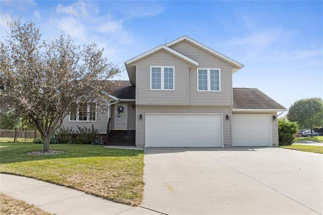 1072 Bayhill Circle, North Liberty, IA 52317 (MLS #2006600) :: The Graf Home Selling Team