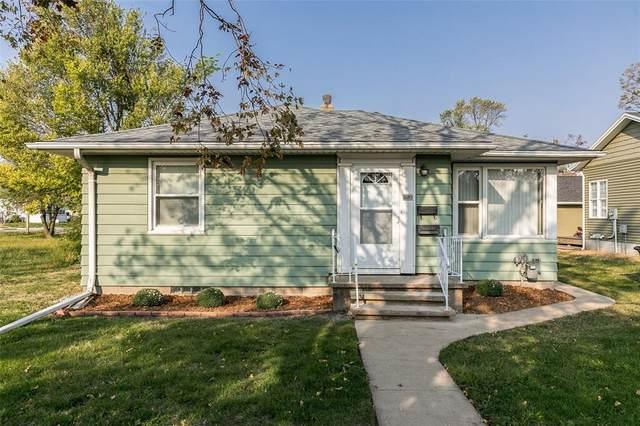 1520 L Street SW, Cedar Rapids, IA 52404 (MLS #2006719) :: The Graf Home Selling Team