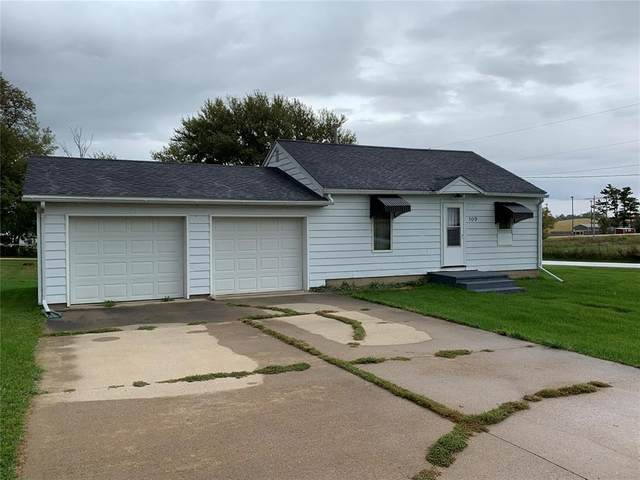 109 1st Street, Onslow, IA 52321 (MLS #2007011) :: The Graf Home Selling Team