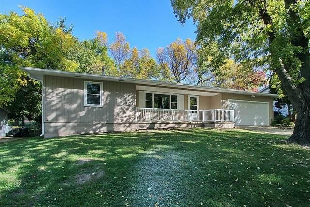 1340 Hollywood Boulevard, Iowa City, IA 52240 (MLS #2007098) :: The Graf Home Selling Team