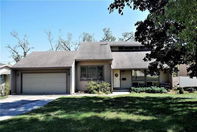 3604 Wenig Road NE, Cedar Rapids, IA 52402 (MLS #2007165) :: The Graf Home Selling Team