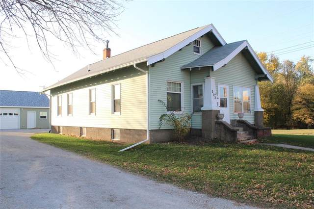 303 E Avenue, Vinton, IA 52349 (MLS #2007262) :: The Graf Home Selling Team