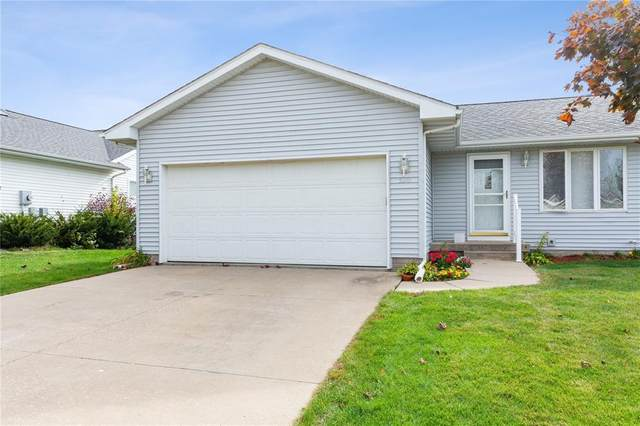 520 Sugar Creek Lane, North Liberty, IA 52317 (MLS #2007290) :: The Graf Home Selling Team
