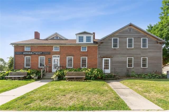 4534/4536 220th Trail, Amana, IA 52203 (MLS #2007306) :: The Graf Home Selling Team