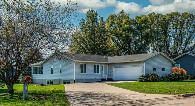 600 W 17th Street, Vinton, IA 52349 (MLS #2007309) :: The Graf Home Selling Team