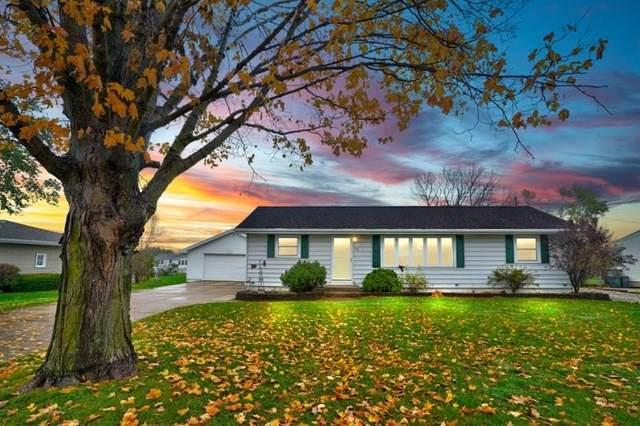 650 Freesway Drive, Robins, IA 52328 (MLS #2007356) :: The Graf Home Selling Team