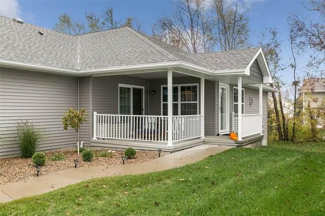 7616 Summerset Ave Ne, Cedar Rapids, IA 52402 (MLS #2007370) :: The Graf Home Selling Team