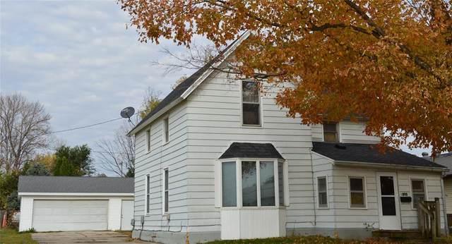 1205 W 4th Street, Vinton, IA 52349 (MLS #2007385) :: The Graf Home Selling Team