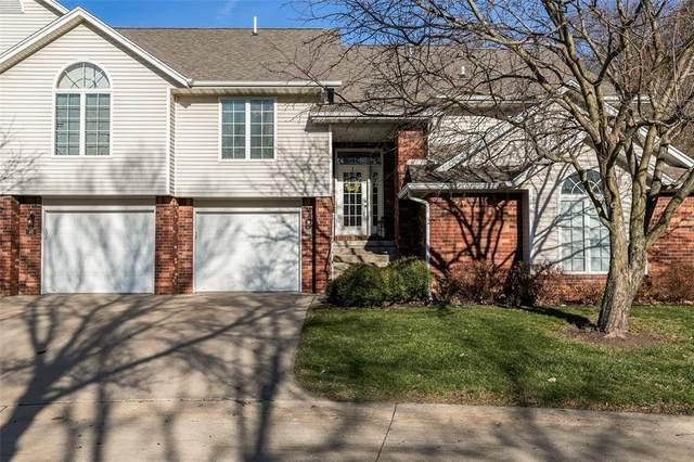 44 Camborne Circle, Iowa City, IA 52245 (MLS #2007904) :: The Graf Home Selling Team