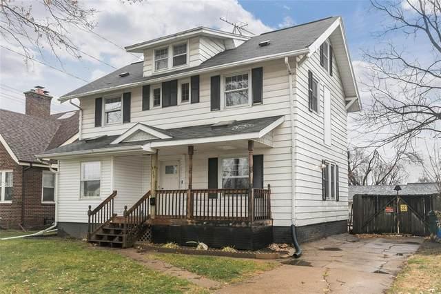 1730 1st Avenue NE, Cedar Rapids, IA 52405 (MLS #2008944) :: The Graf Home Selling Team