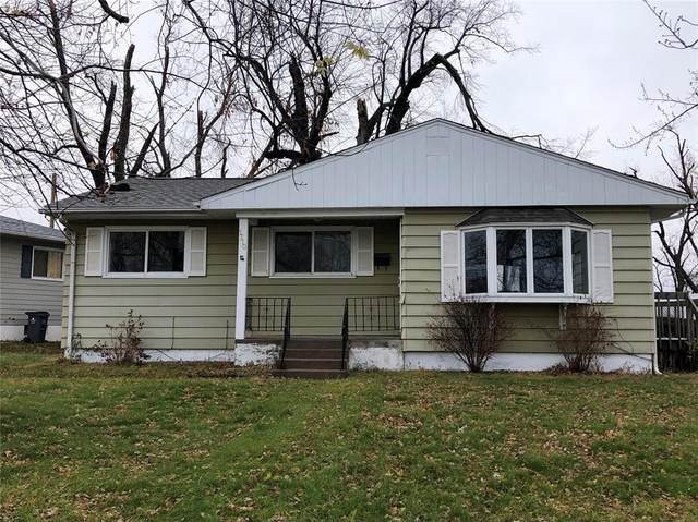 1710 14th Avenue SW, Cedar Rapids, IA 52404 (MLS #2009007) :: The Graf Home Selling Team