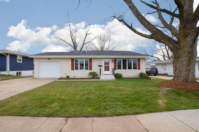 985 Westview Drive, Marion, IA 52302 (MLS #2009038) :: Lepic Elite Home Team