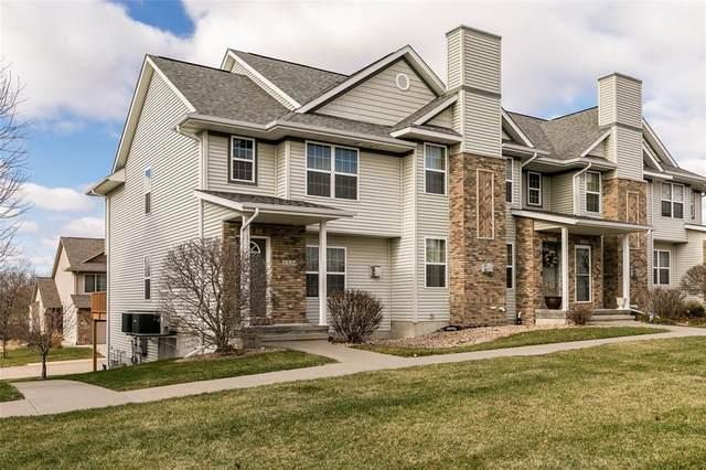 1324 Nicholas Lane, North Liberty, IA 52317 (MLS #2009045) :: The Graf Home Selling Team